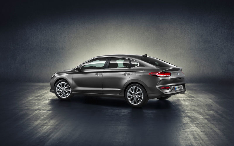 csm_hyundai-2017-all-new-i30-fastback-2-1610_48c70103f7