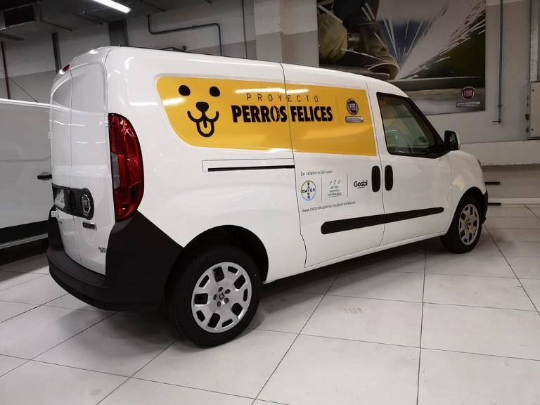 """Fiat Professional """"Perros Felices"""""""