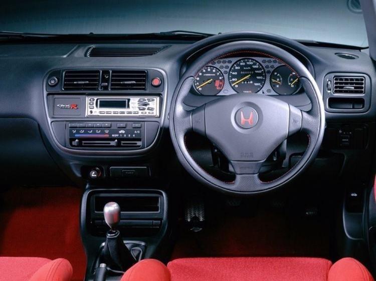 Interior Honda GJ Automotive